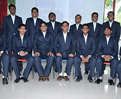 hotel management colleges in mumbai students